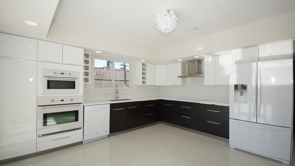 KITCHEN FOR LISTING