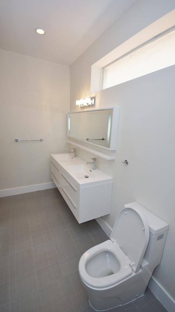 VANITY MASTER BATH ROOM FOR LISTING